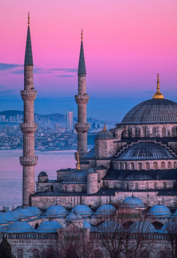 WHY VISITING ISTANBUL IS A GOOD IDEA