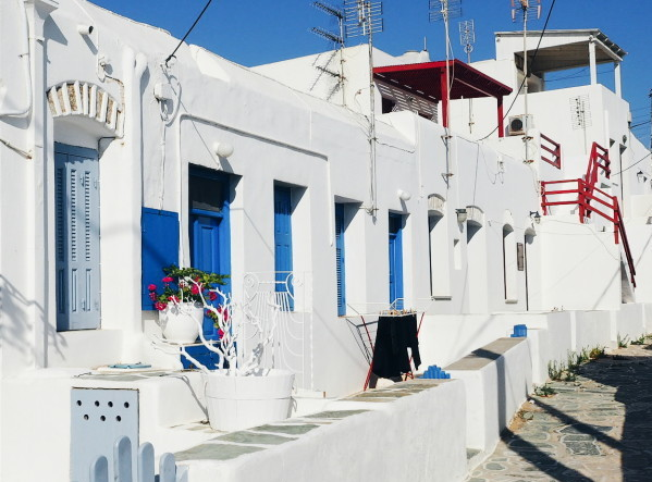 Folegandros » Discovering the Cyclades