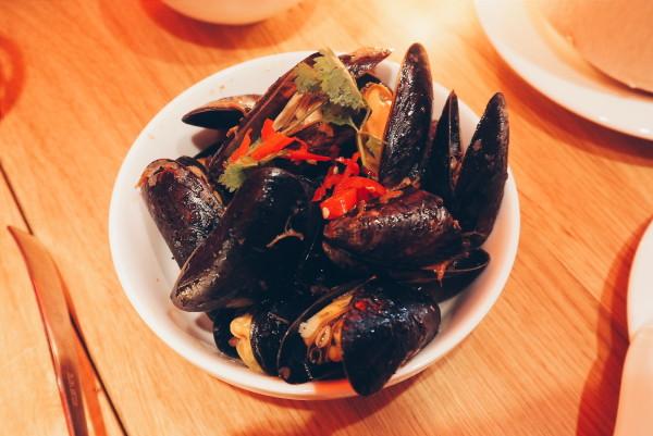 HappyHappyJoyJoy Mussels