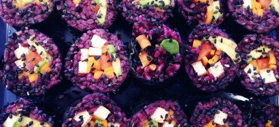 purple-jasmine-veggie-sushi-575x262