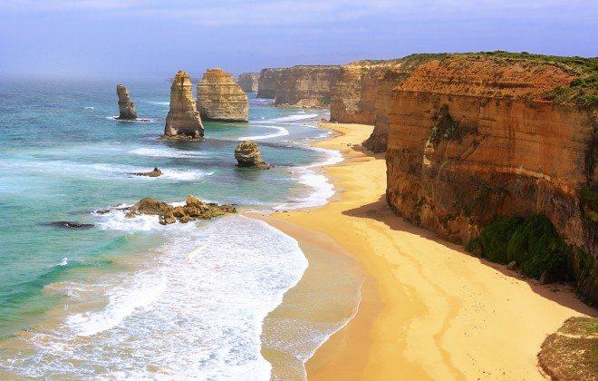 15-Great-Ocean-Road-135559246--660x420