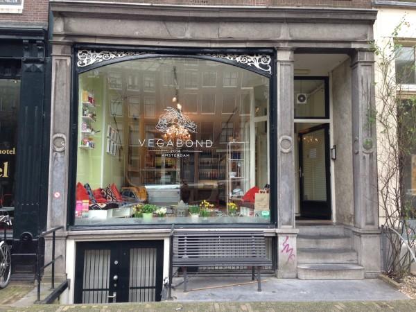 Amsterdam's finest vegan spots, Vegabond