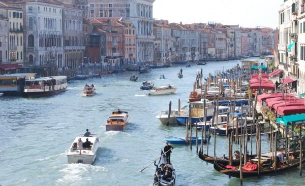 Tete a Tete in Venice