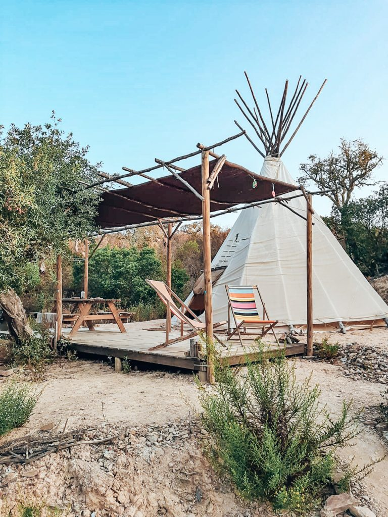 Into The Wild Algarve, Tipi