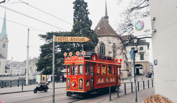 A WINTER CITY TRIP TO ZURICH