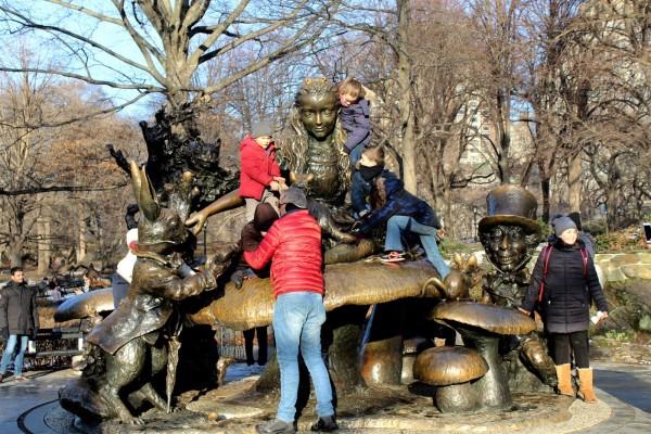 Alice in Wonderland statue Central Park