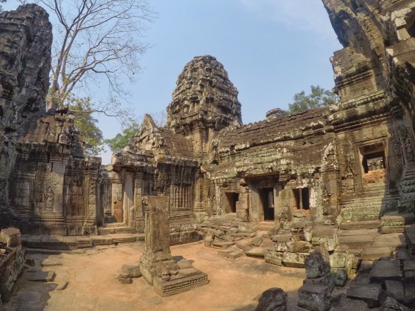 Angkor Wat. travel on a budget