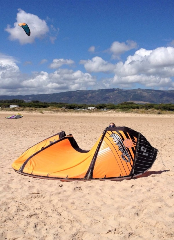 kite_on_the_beach