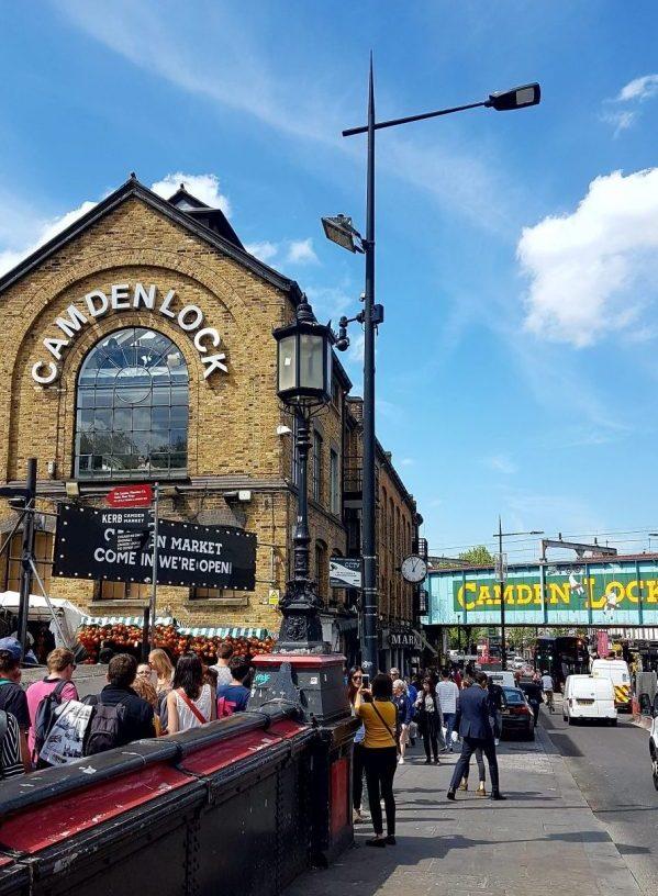 Camden town, London. Vintage Shopping