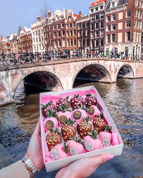 6 x the most Instagramable Sweet Foods in Amsterdam