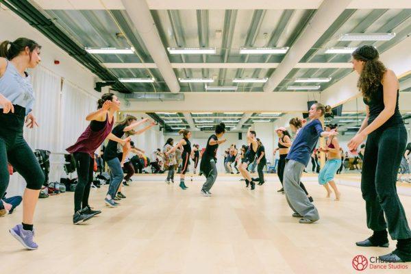 http://chasse-dancestudios.nl/