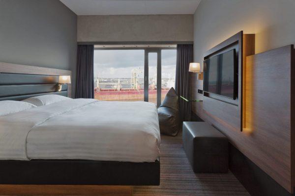 Bed Moxy Amsterdam