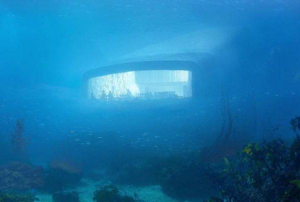 Water view restaurant Under