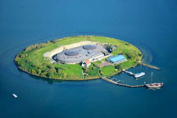 Camping on Pampus island