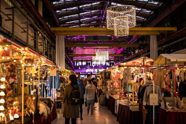 The Amsterdamsche Kerstmarkt is back at a new location!