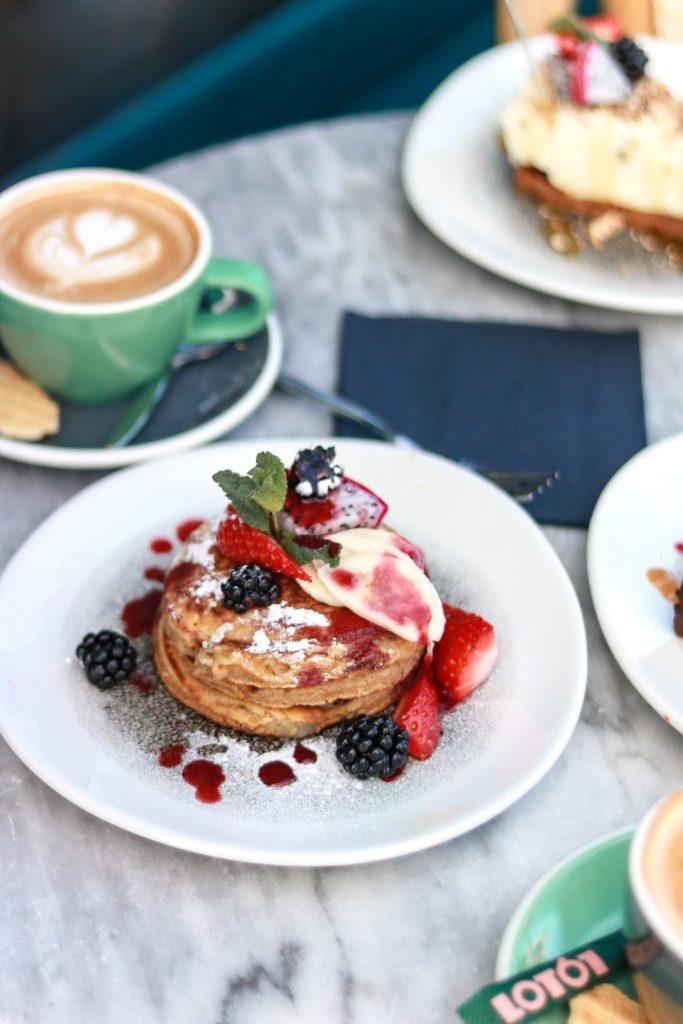 Café Comodo pancakes