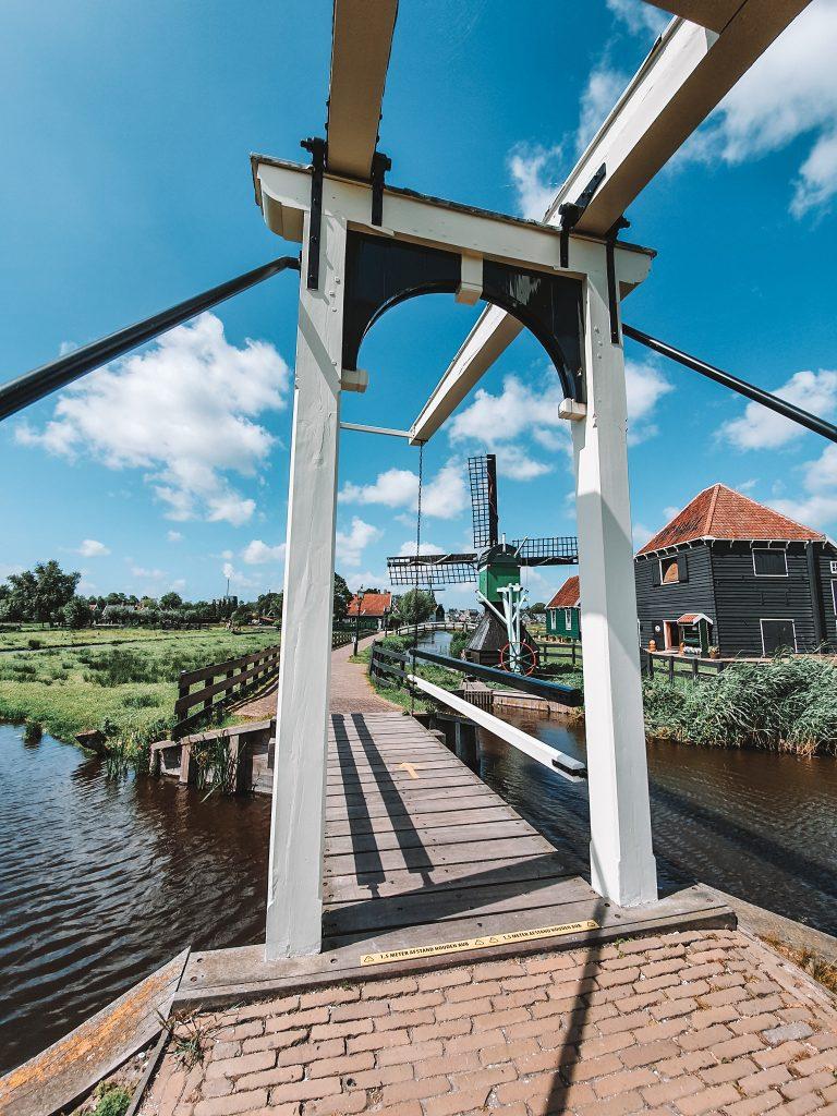 Zaanse Schans without tourists