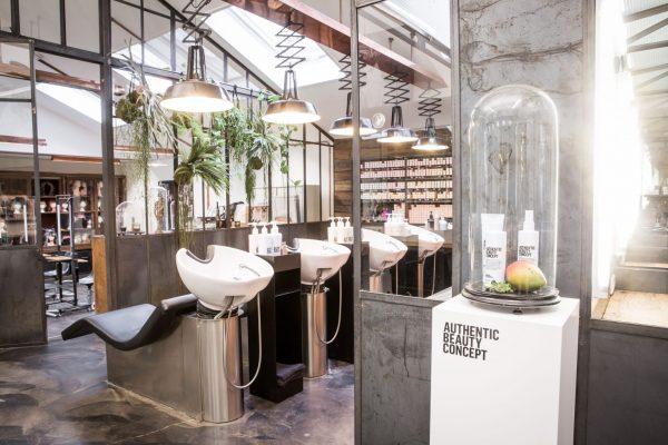 Mogeen hair salon Amsterdam