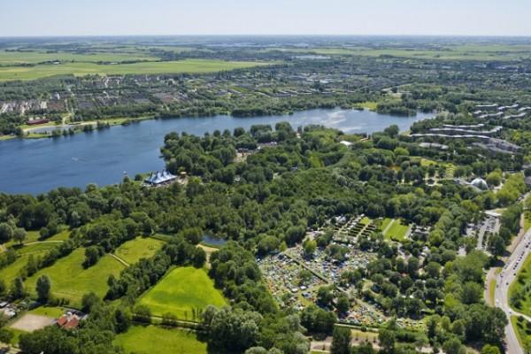 natural-swimming-spots-in-amsterdam-gaasperplas