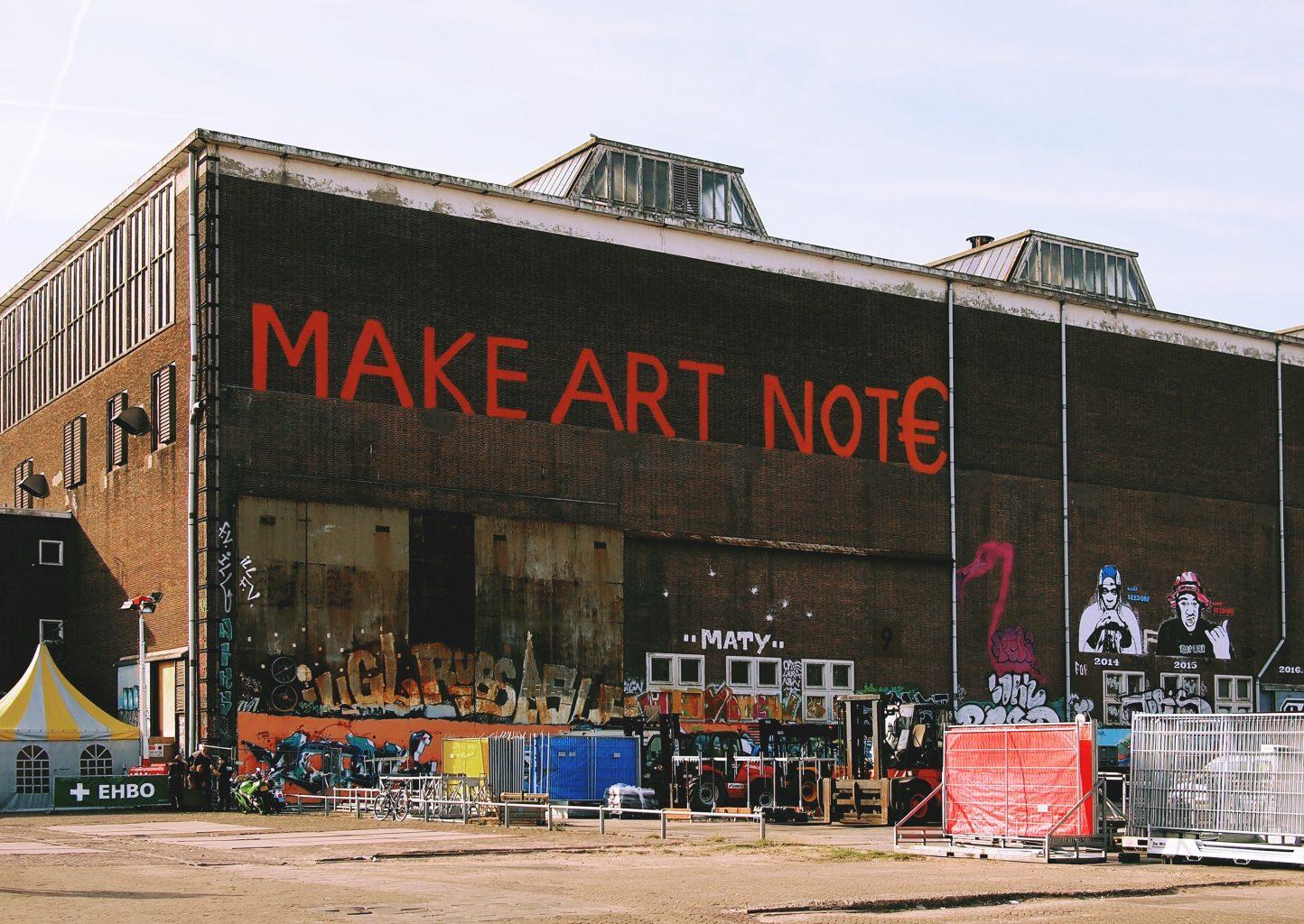 Streetart mop Amsterdam