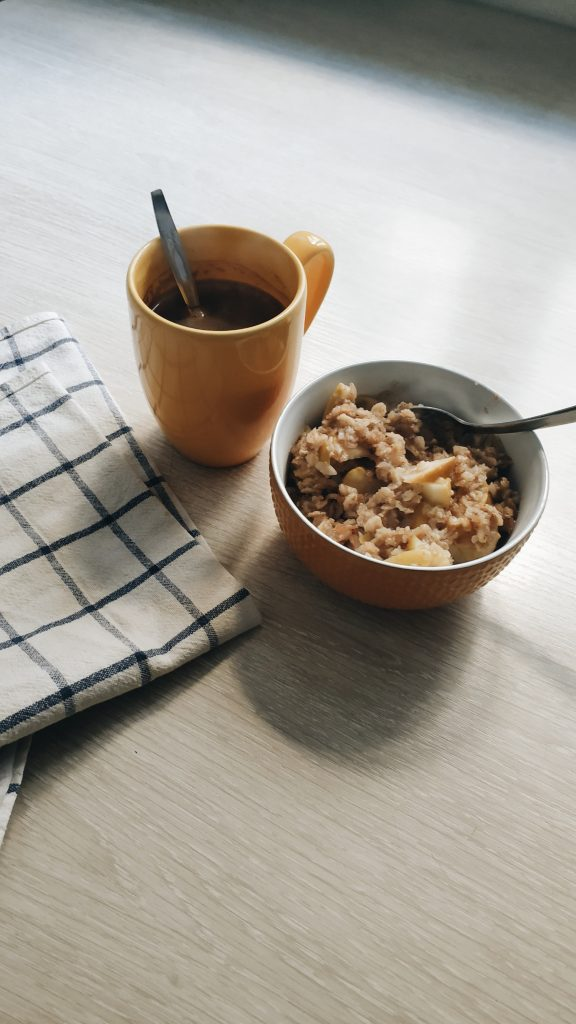 Overnight oats, healthy and easy breakfast