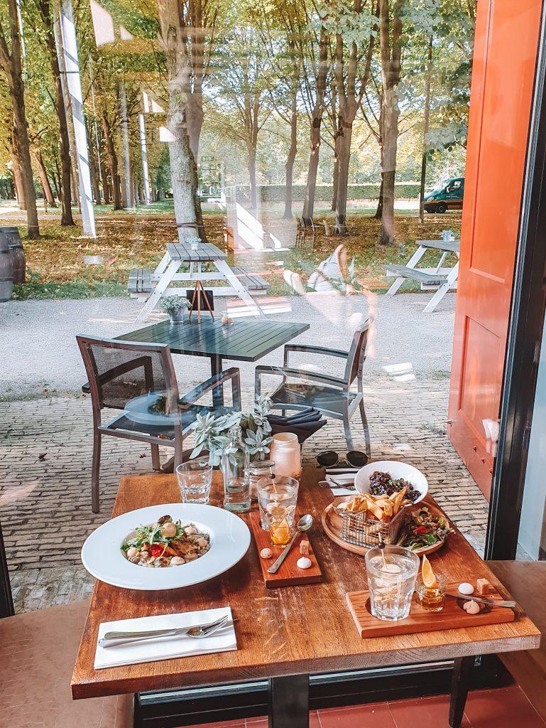 Santpoort Guide, Brasserie Beeckestijn