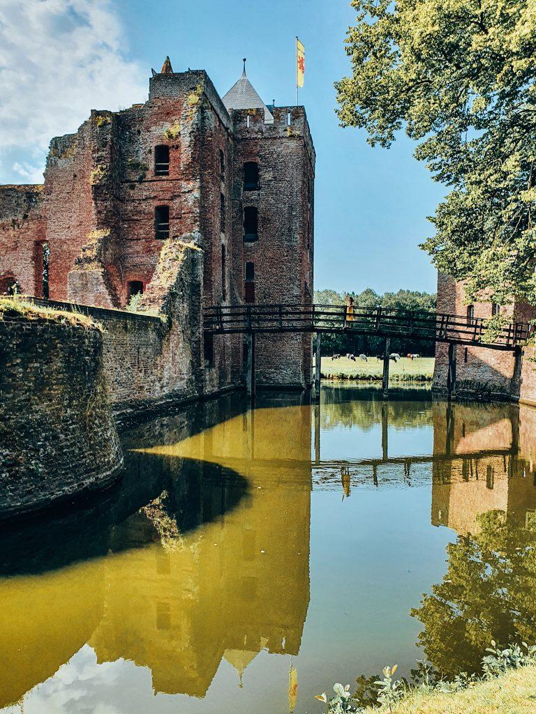 Ruine van Brederode Santpoort