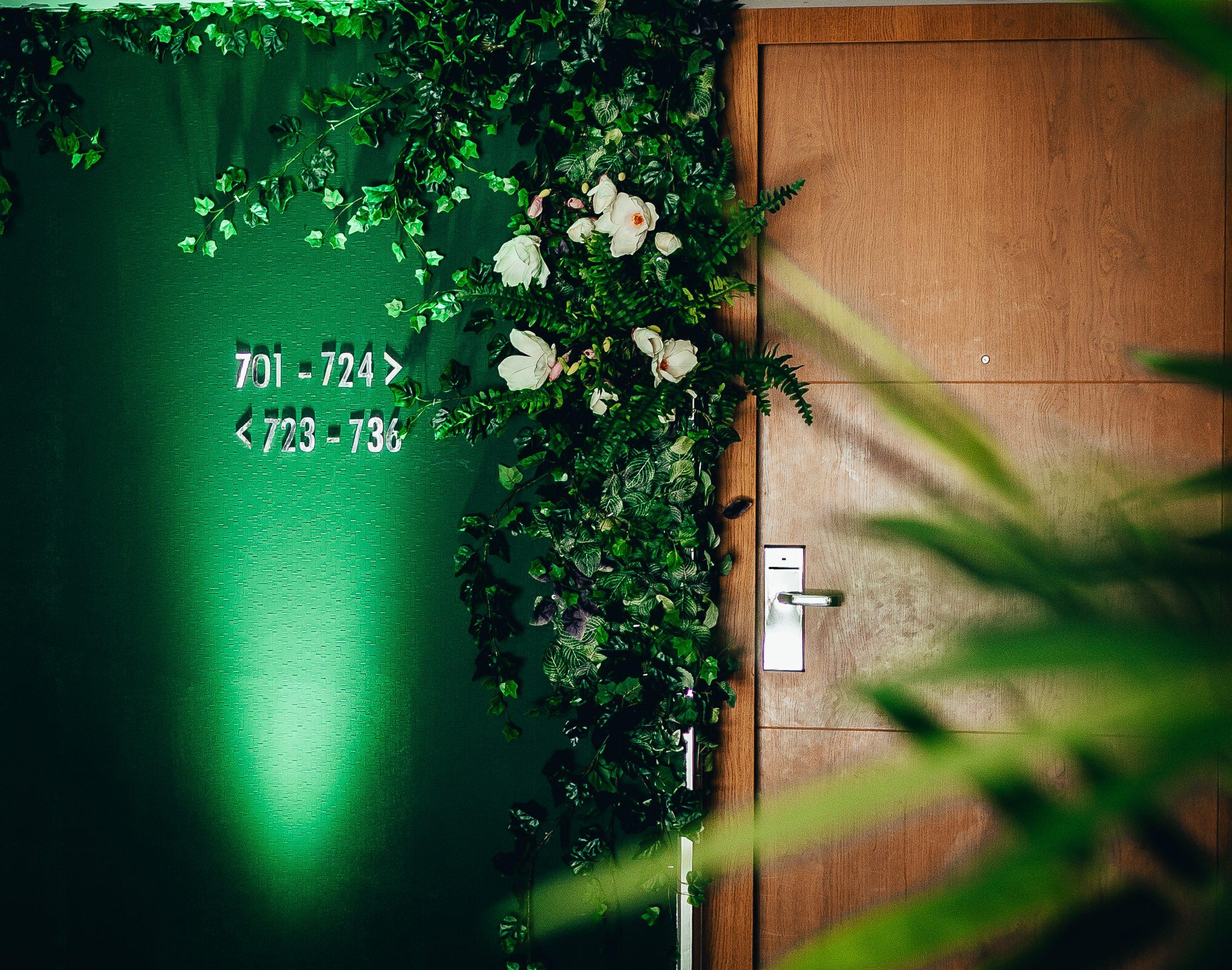 Hotel Room TIWYA x Hilton