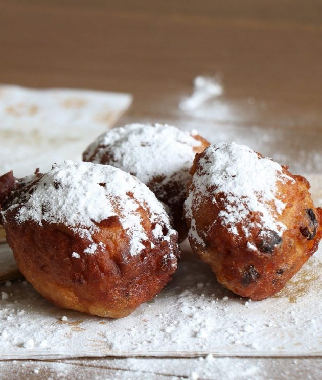 Best Oliebollen in Amsterdam