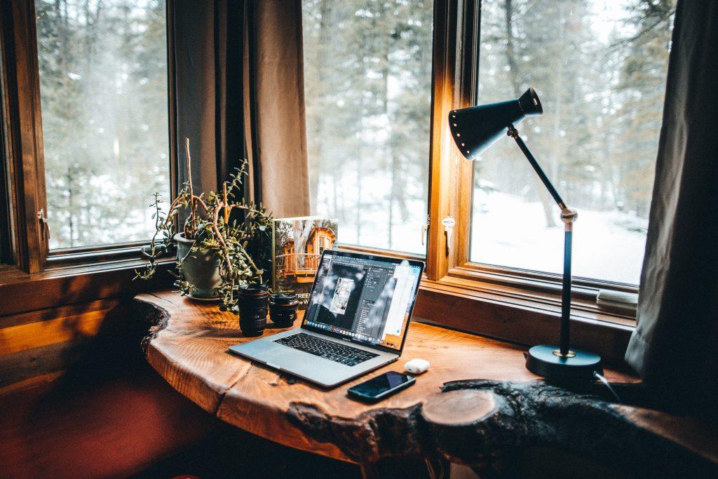 Workation desk
